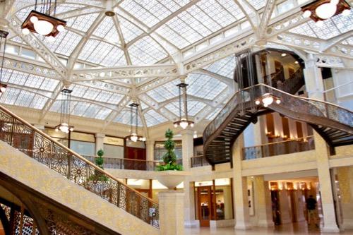 1905 Frank Lloyd Wright Renovation of Rookery Lobby